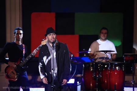 23 کلیپ از اجرای زنده ستارههای موسیقی پاپ ایران