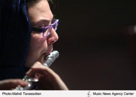 کنسرت شبي با هارپ در ميان استقبال علاقهمندان برگزار شد