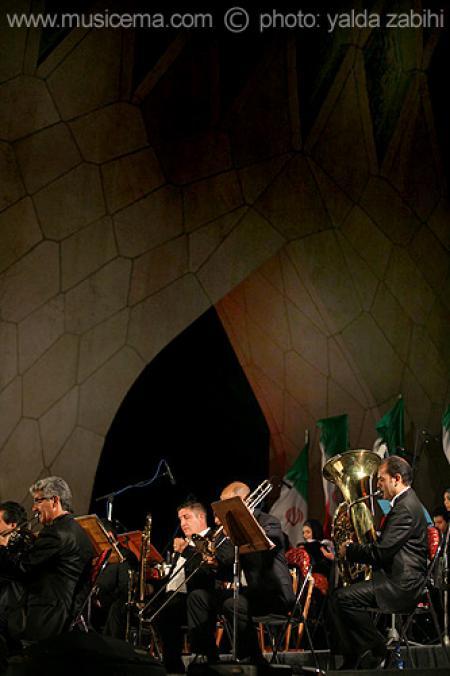 گزارش تصویری سایت موسیقی ما کنسرت ارکستر سمفونیک تهران در میدان آزادی - 2