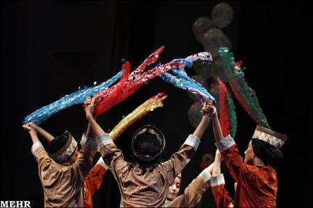 گروه موسيقي پارس روز جهاني كودك را جشن گرفتند