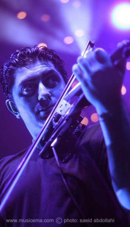 مشکی پوشان در مجللترین سالن کنسرت مالزی
