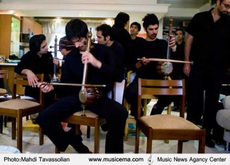 گزارش تصویری از تمرین کنسرت برف خوانی با سرپرستی علی قمصری