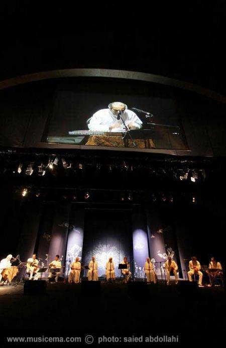 گزارش تصویری از کنسرت گروه کامکارها در برج میلاد تهران - 1