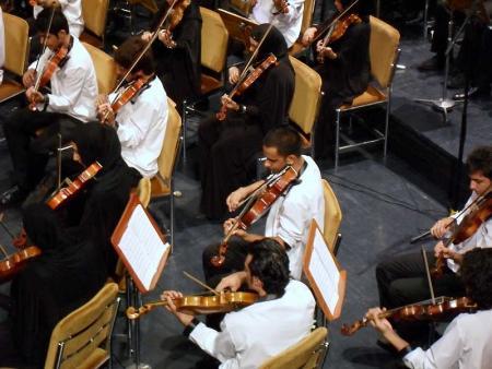 کنسرت اركستر سمفونيك ويولت در تالار وحدت برگزار شد