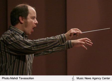 گزارش تصویری از تمرین ارکستر سمفونیک تهران به رهبری ماتیاس کروگر