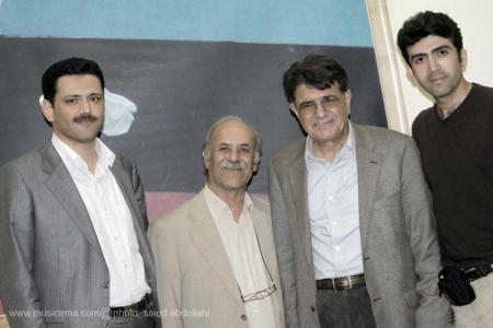 گزارشی از نمایشگاه سازهای ابداعی محمدرضا شجریان