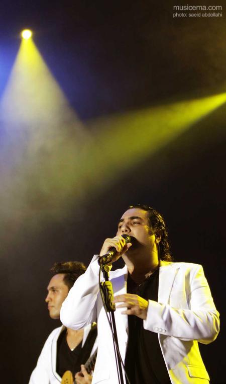 گزارش تصویری از کنسرت گروه سون در برج میلاد