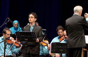 «امیر اثنی عشری» با ارکستر ملی «مهر» به روی صحنه میرود