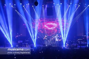 کنسرت فریدون آسرایی در جشنواره موسیقی فجر - 25 دی 1395