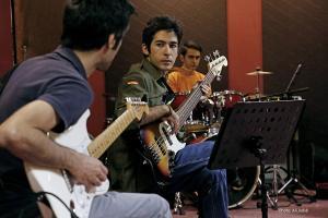 تمرین بهنام صفوی و گروهش برای کنسرت 17 مهر 1394