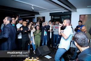 اجرای گروه دارکوب با حضور حامد بهداد در رویداد «ایران روستا هم دارد» - 13 اردیبهشت 1398