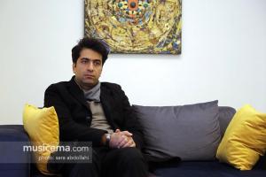 گفت و گو با «محمد معتمدی» در دفتر سایت «موسیقی ما» - بهمن 1395