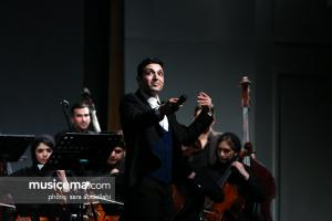 کنسرت «نوستالژی» ناصر چشم آذر و ارکستر ایستگاه - 23 اسفند 1396