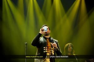 کنسرت امید حاجیلی در تهران - 1 دی 1394