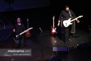 کنسرت گروه تندر در برج آزادی - 22 آذر 1395