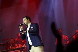 کنسرت امید حاجیلی - بهمن 1394