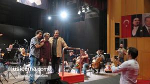 آخرین تمرین اجرای پوئم سمفونی «مادرم ایران» اثر علی رهبری با صدای محمد معتمدی