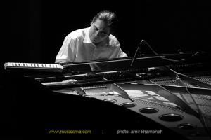 کنسرت پیانو، ملودیکا و سازهای کوبهای - مرداد 1393