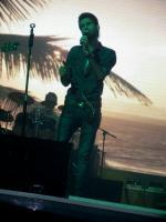 «مهدی احمدوند» در جزیره کیش روی صحنه رفت