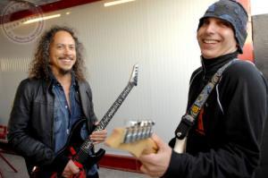 روایت جو ساتریانی از آموزش دادن به گیتاریست گروه متالیکا